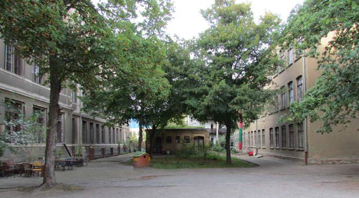 Alte Handelsschule, Innenhof