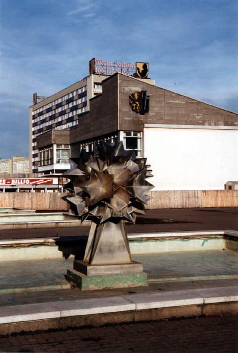 Sachsenplatz Anfang der 1990er