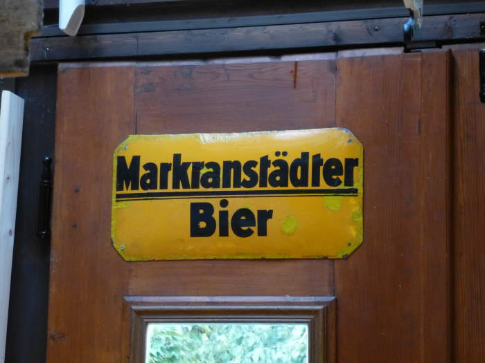Letrero de hojalata de la cerveza Markranstädter