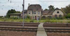 Verlassene Bahnhöfe X