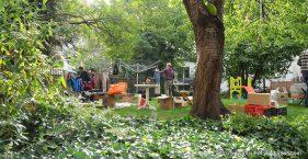 Flohmarkt auf dem Hof