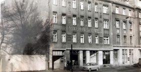 Drogenhaus / Tankstelle
